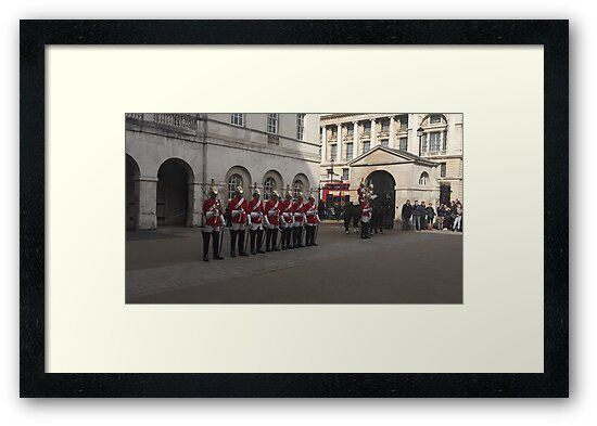 The Queen's Guards by DCATNIGHT