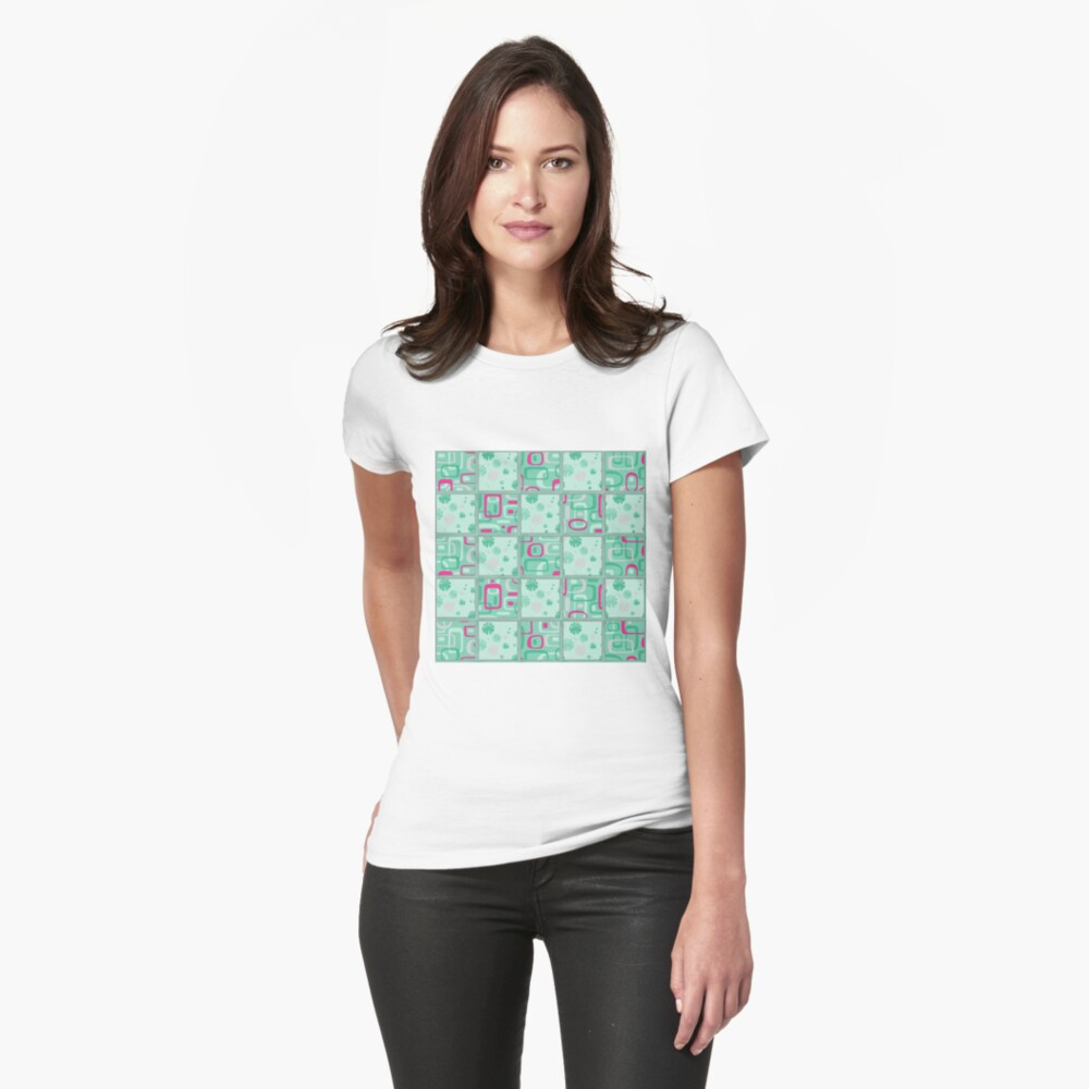HIGH SELLING RETRO 1950S INSPIRED CHECKS IN PINK AND AQUA  Fitted T-Shirt