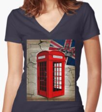 rustic grunge union jack retro london telephone booth Women's Fitted V-Neck T-Shirt