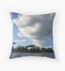 lake effect vi Throw Pillow