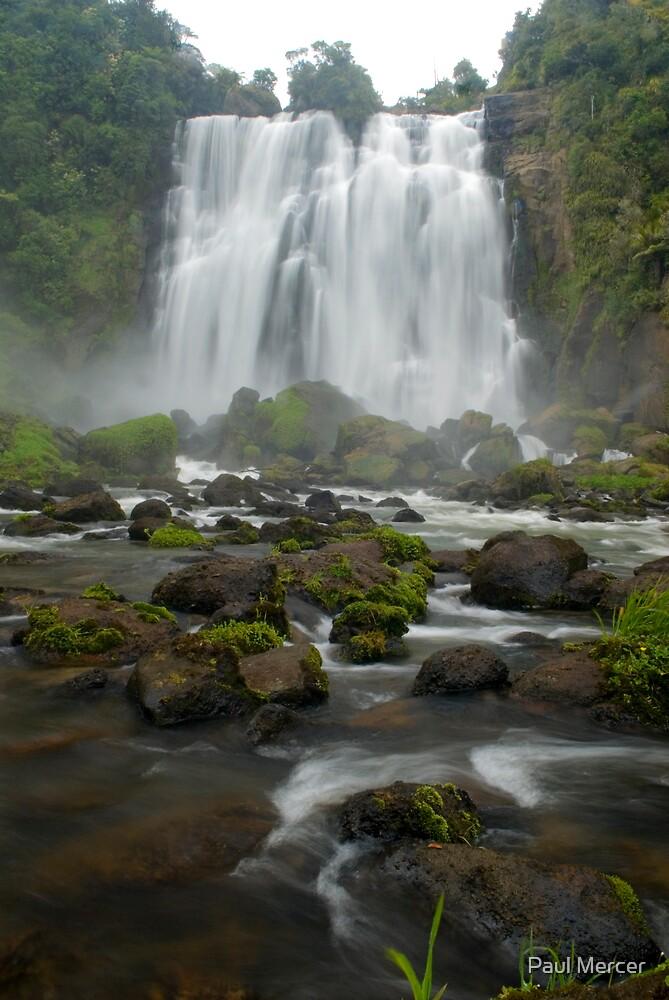 Marokopa falls, Waikato, New Zealand by Paul Mercer