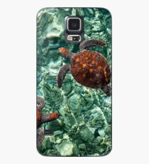 Fragile Underwater World. Sea Turtles in a Crystal Water. Maldives Case/Skin for Samsung Galaxy