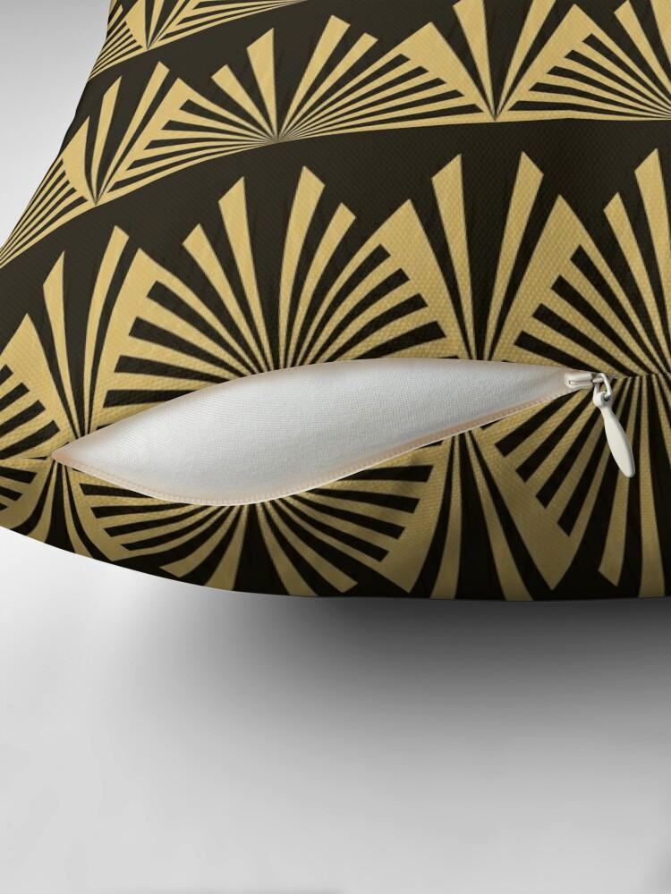 Alternative Ansicht von Art Deco, schwarz und Gold, geometrisch, Muster, Weinlese, Chic, 1920 Ära Bodenkissen