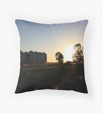 Grainy Sunset Throw Pillow