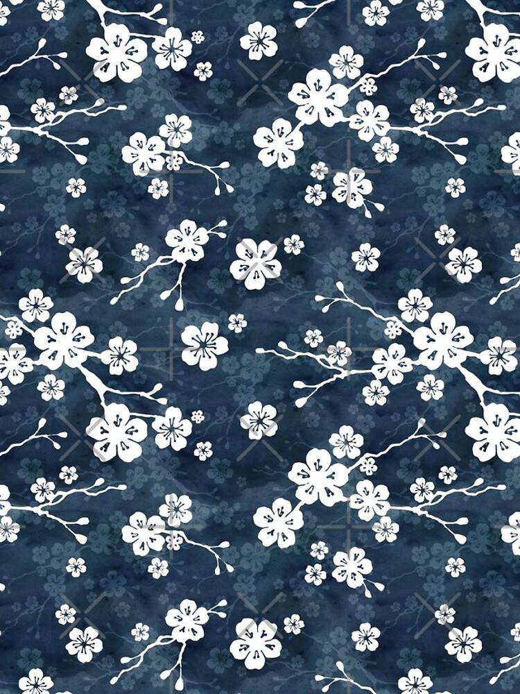 Patrón de flor de cerezo azul marino y blanco de adenaJ