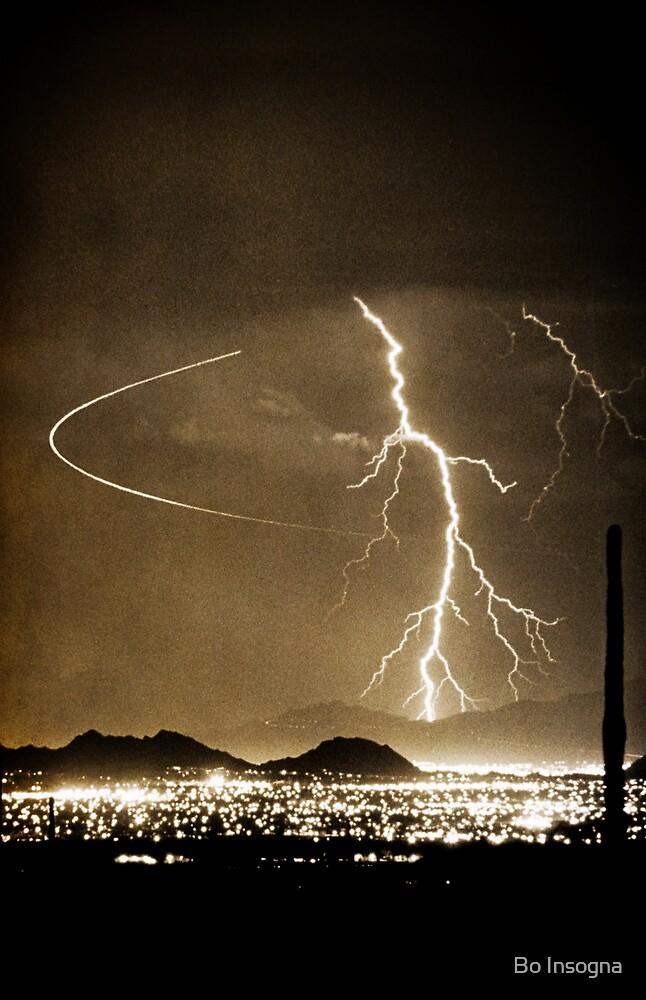 Bo Trek Lightning Strike - Black and White by Bo Insogna