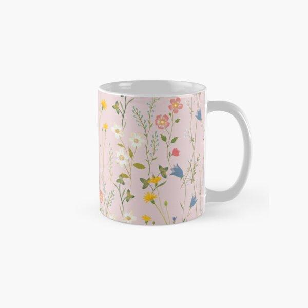 Dreamy Floral Pattern Classic Mug