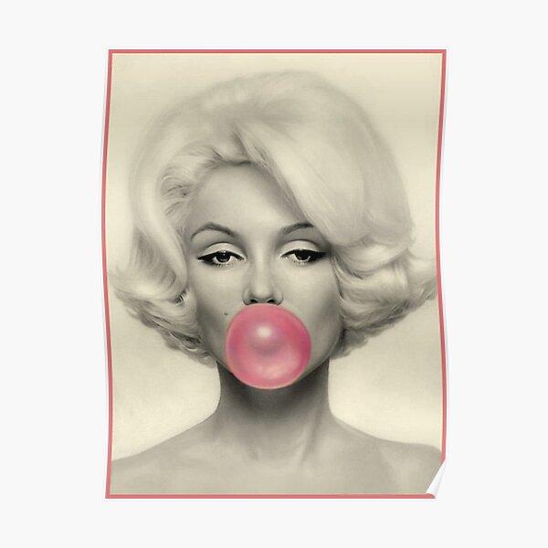 MARILYN MONROE : Bubble Blowing Print Poster
