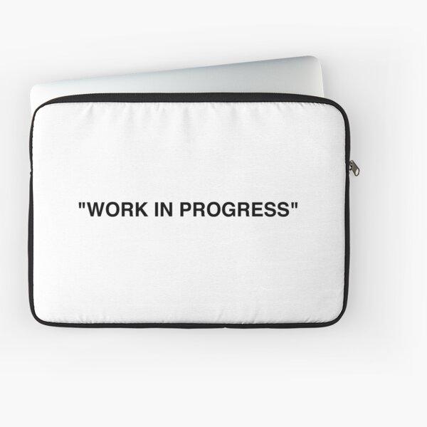"""WORK IN PROGRESS"" Off white x Ikea by Virgil Abloh Housse d'ordinateur"