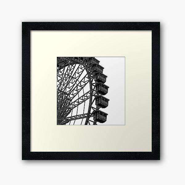 FERRIS WHEEL (b) Framed Art Print