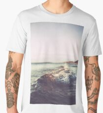 beach, seaside, ocean, surf Venice Beach, palm trees, vintage Men's Premium T-Shirt