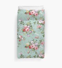 Elegant vintage pink roses floral pattern  Duvet Cover