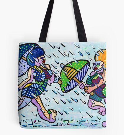 Mädchen im Regen Tote Bag