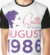 It's My Birthday 32. Made In August 1986. 1986 Gift Ideas. Graphic T-Shirt