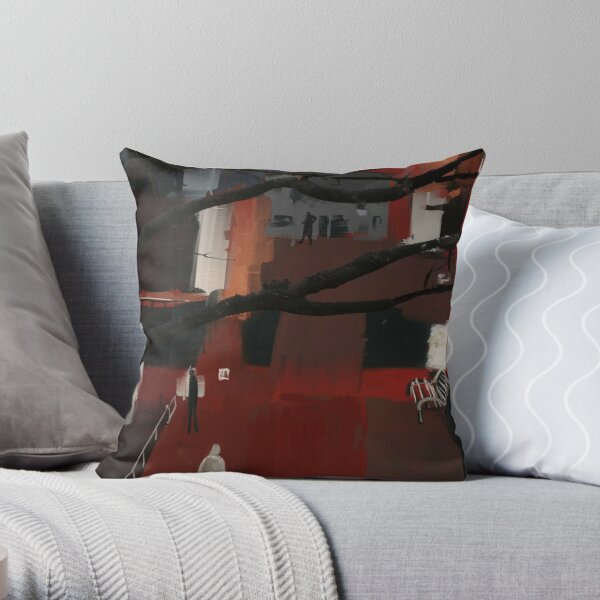 total espionnage Throw Pillow