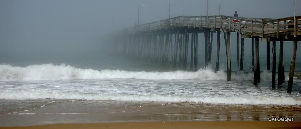 Vanishing Pier 3 by ckroeger