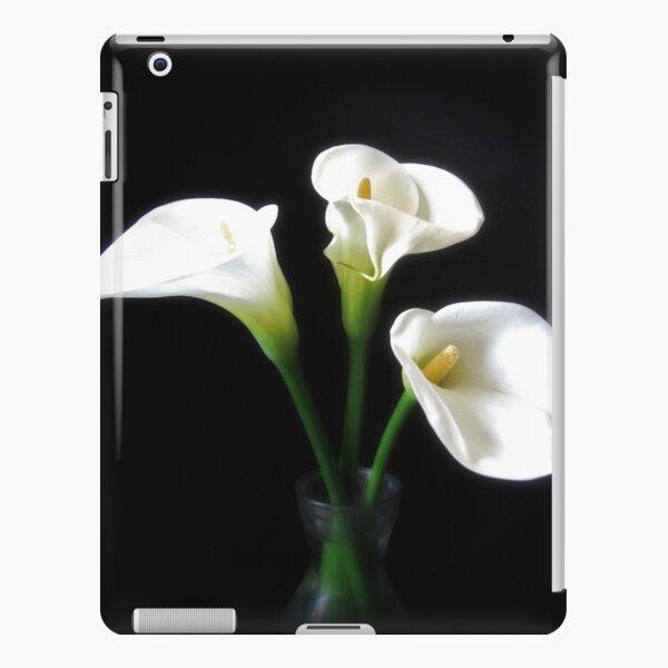 Elegant Calla Lily Flowers 10 iPad Snap Case