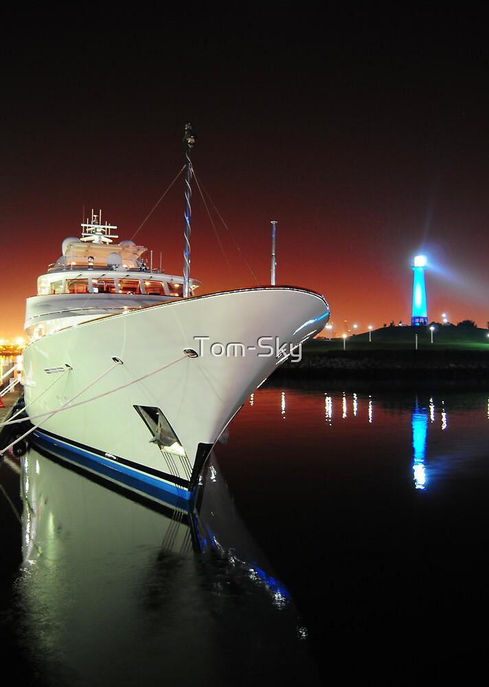 Long Beach Marina at Night by Tom-Sky