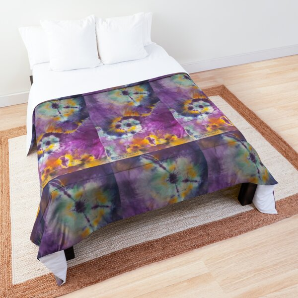 Purple and Pansies v1 Comforter