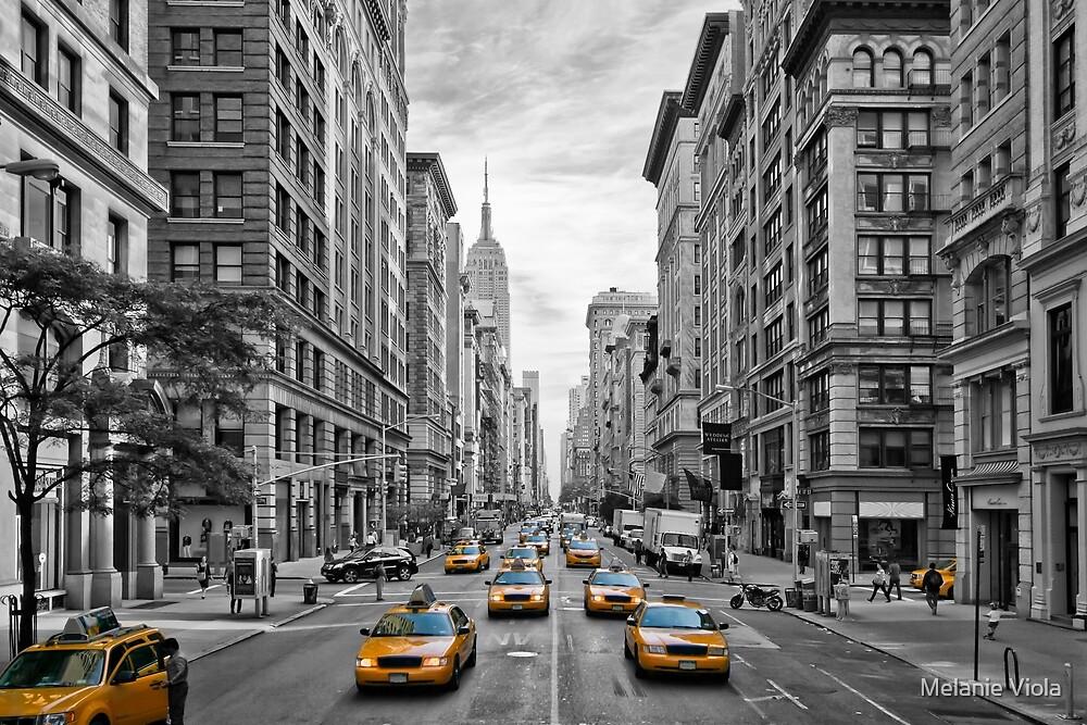 URBAN MANHATTAN 5th Avenue by Melanie Viola