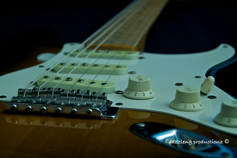 The Strat by dazzleng