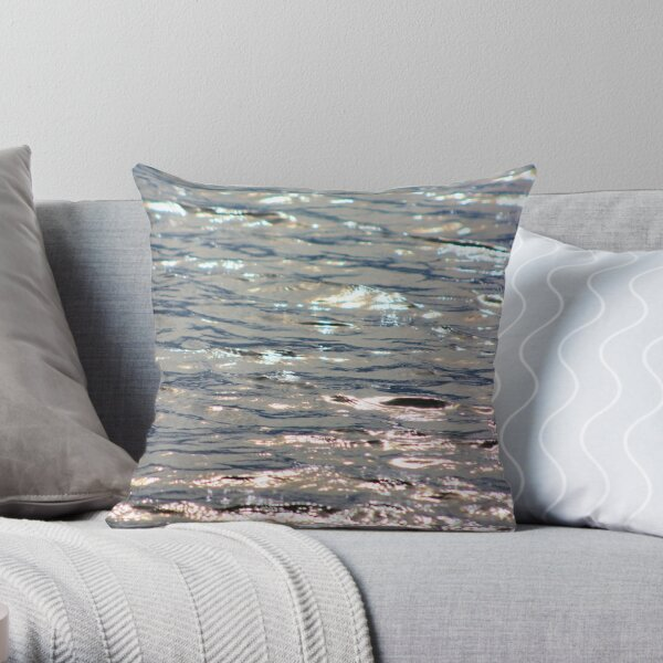 Sparkling seas Throw Pillow