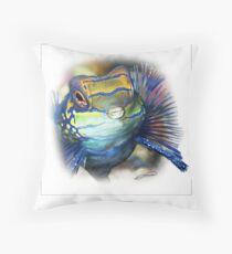 MANDARINFISH 7 Throw Pillow