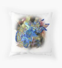 MANDARINFISH 8 Throw Pillow