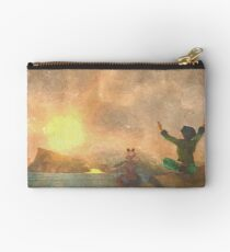 Yoga face to the Sun - 瑜伽面对太阳 Studio Pouch