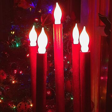 Christmas Candle Light by bloomingvine
