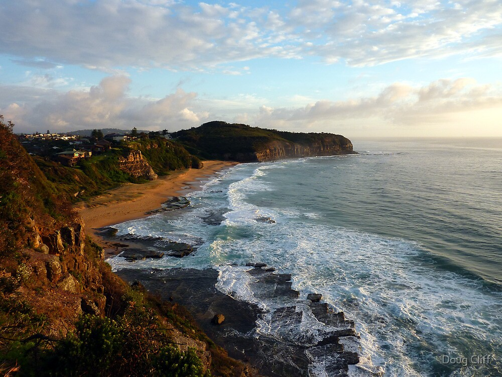 Narrabeen headland by Doug Cliff