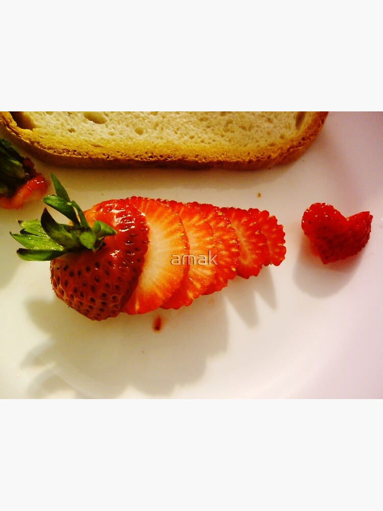 Yummy strawberry  by amak