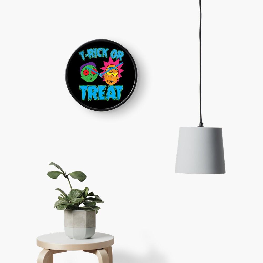 T-Rick Or TREAT Clock