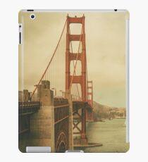 Vintage Gate iPad Case/Skin