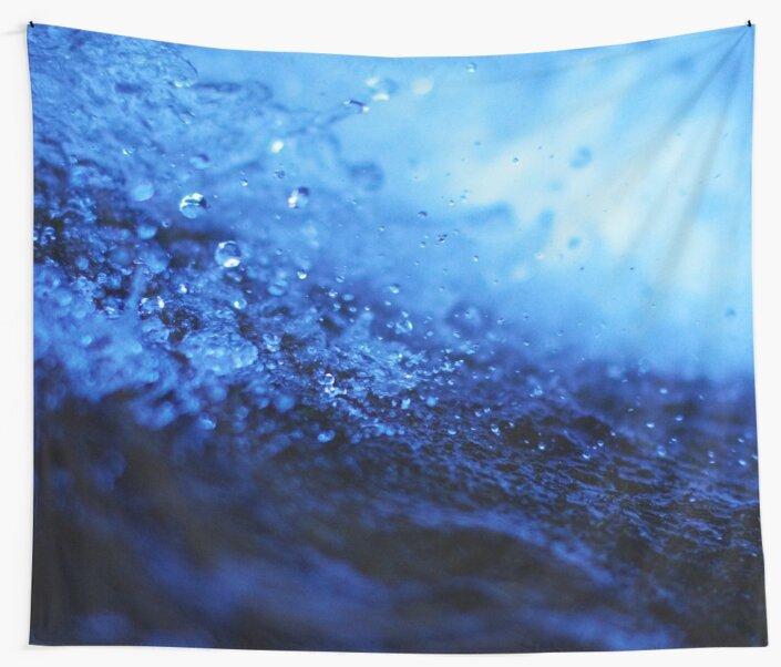 Water by ernestouchiha