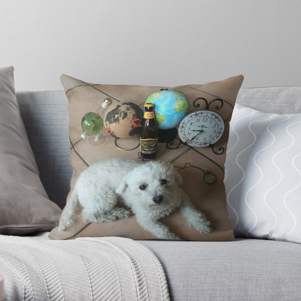 GeoDrinX_theDog Throw Pillow