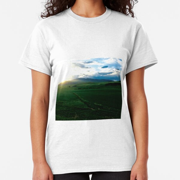 Rolling Green Hills at Dawn by Jerald Simon (Music Motivation - musicmotivation.com) Classic T-Shirt