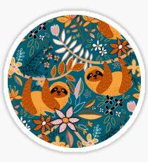 Glückliches Boho-Faultier mit Blumen Sticker