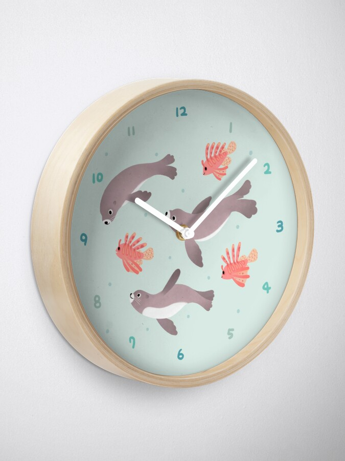 Alternate view of Sea lion & Lionfish Clock