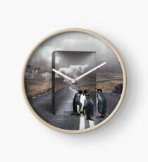 Unternehmenslustige Pinguine Uhr