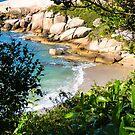 A view of Gravata beach - Florianopolis, Brazil by Helissa Grundemann