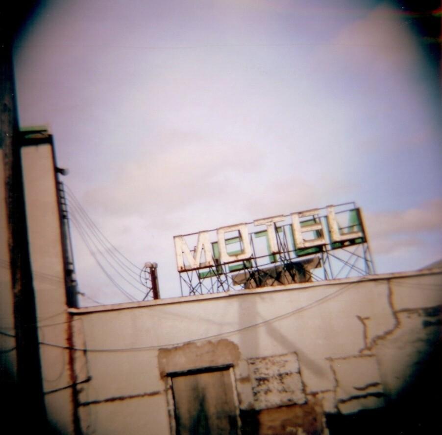 motel by gbrosseau