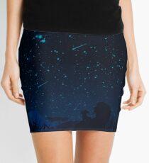 Mit Blick auf die Sterne Minirock