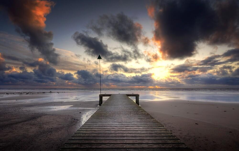 Sea Scale Beach by igotmeacanon