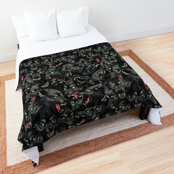 Wolf Pack Pattern Comforter