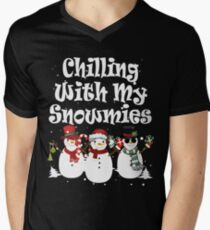 Chilling With My Snowmies - Christmas Snowman Men's V-Neck T-Shirt