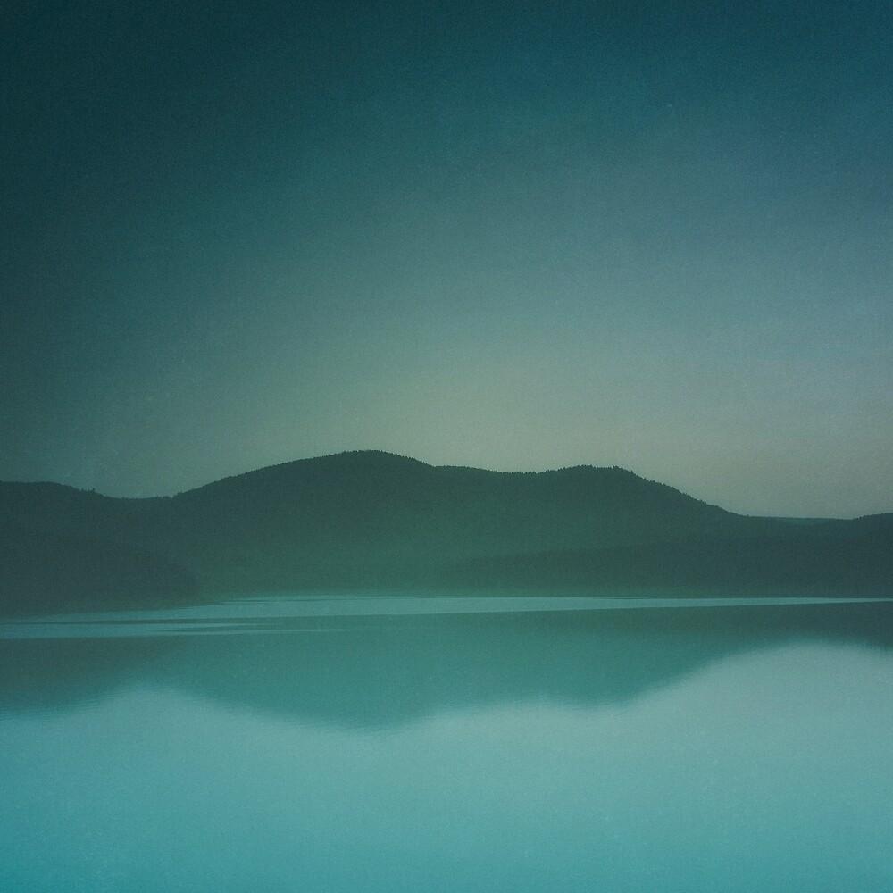 Lakeside Drive by Tordis Kayma