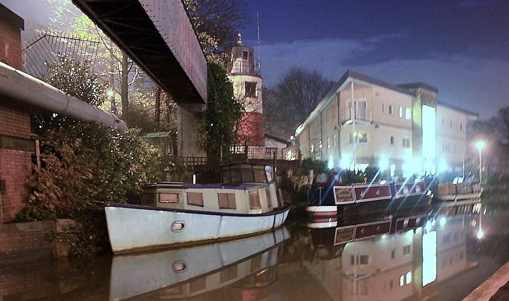 Canal Boat - Monton Bridge by Kurly