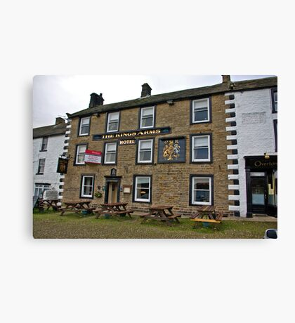 The Kings Arms Hotel - Reeth Canvas Print