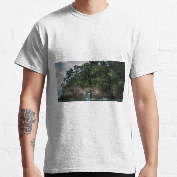 Sea Arch Ventanas Classic T-Shirt